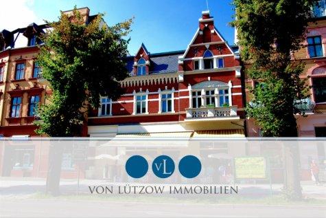 Rarität in Bestlage – voll-vermietetes Mehrfamilienhaus im Herzen von Werder – 8 WE & 1 GE, 14542 Werder (Havel), Mehrfamilienhaus
